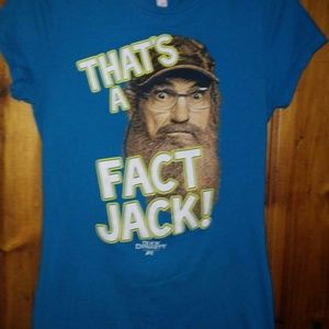 Duck Dynasty t shirt.